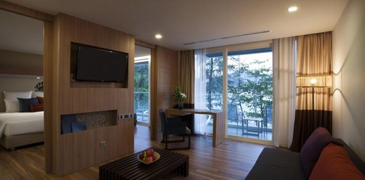 ocean-suite-and-room-2