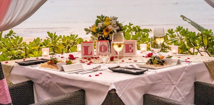 romantic-dinner-2